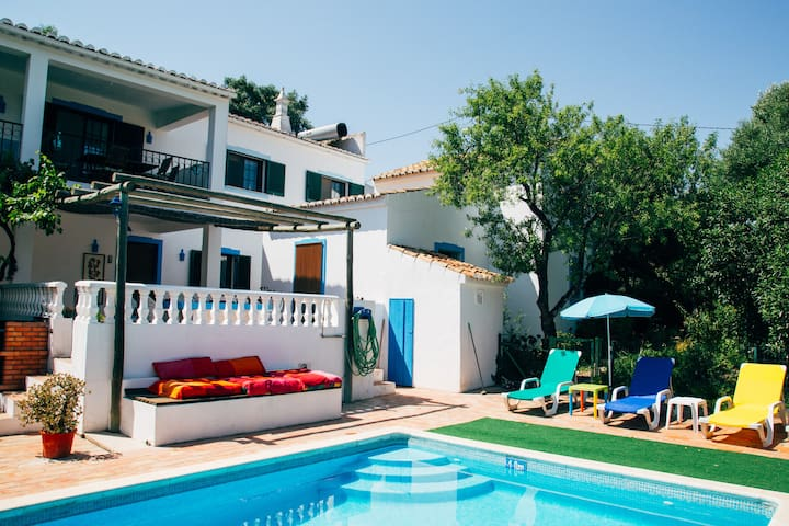 Your Summer Pool House  Loulé