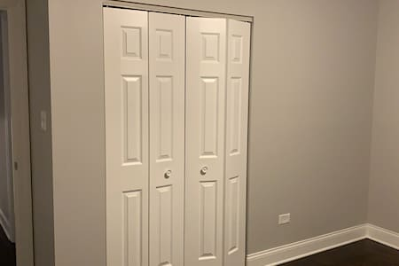 Room for rent in Chicago Ridge