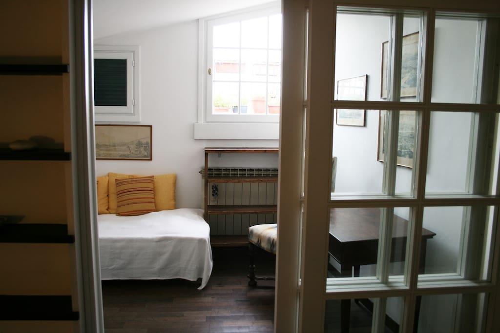 Camera singola con accesso al terrazzino