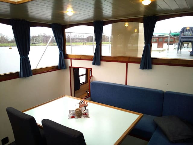 Houseboat Lodge for up to 8 Persons