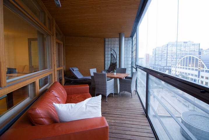 Enjoy luxurious 76m2+sauna stay in Kamppi Center!