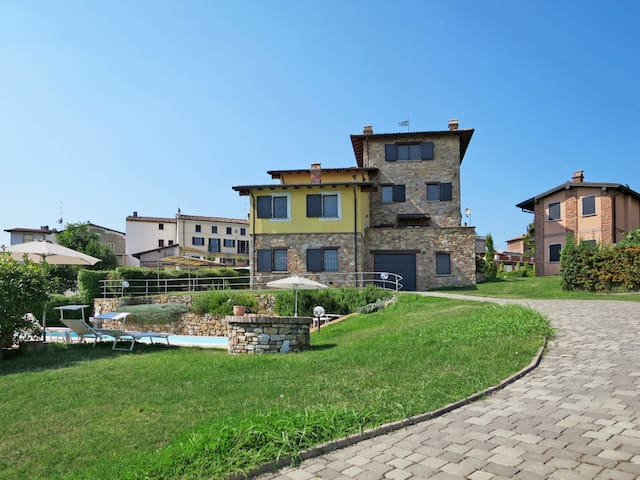 Holiday home Residence La Corte Bricca