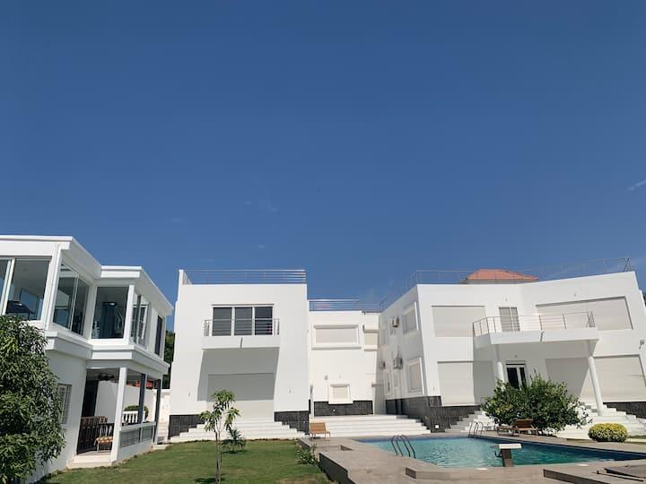 Appartement luxueux vu sur mer à 50m de la plage