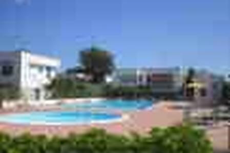 Villetta al mare in Residence con piscina