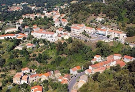 T2 dans un beau Village Corse à 30min des plages - Santa-Maria-Siché - Casa