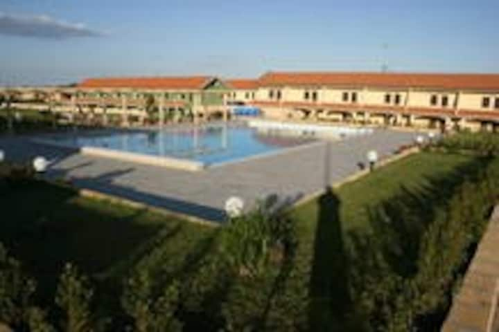 residence con piscina 300m dal mare (4)