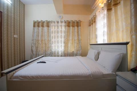 Standard AC room in the heart of Indiranagar