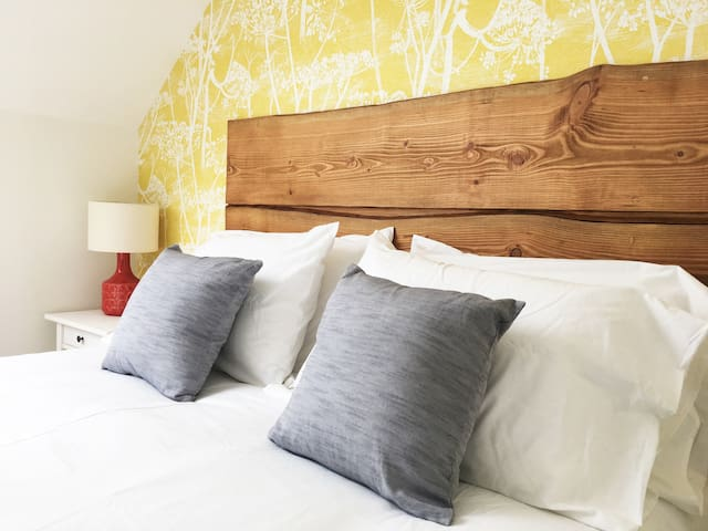 The Dairy-Country Escape 30% discount on week stay