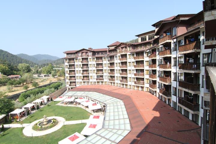 Comfortable apartment in a unique resort