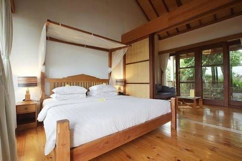 Lovely shared room for all in Bali :)