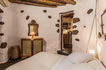 ::Potamos cottage : Natura cottages::
