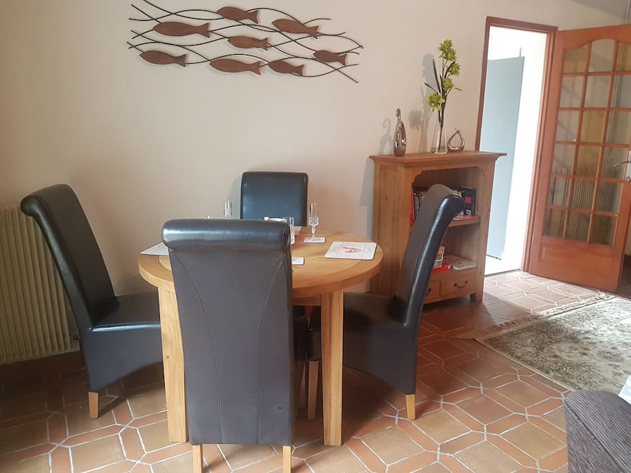 Dining area with Oak extendable table.