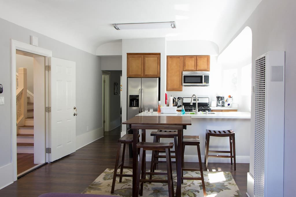 Awesome 3 Bdrm 2 Ba Flat In W Oakland Apartments For