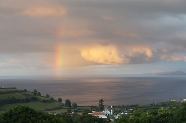quiet house stunning sea view azores