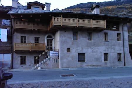 Magia Alpina - Mont Blanc Valley - Saint-Pierre