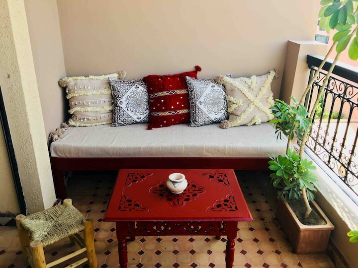 Bel appartement moderne  avec terrasses Guéliz