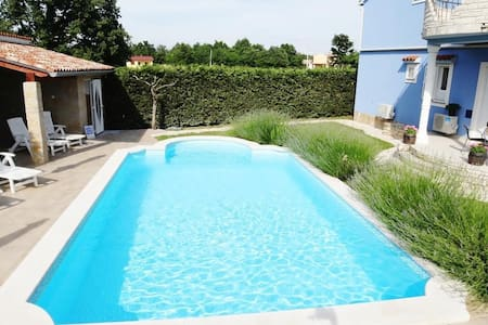 Apartments Rampini / One Bedroom - Svetvincenat