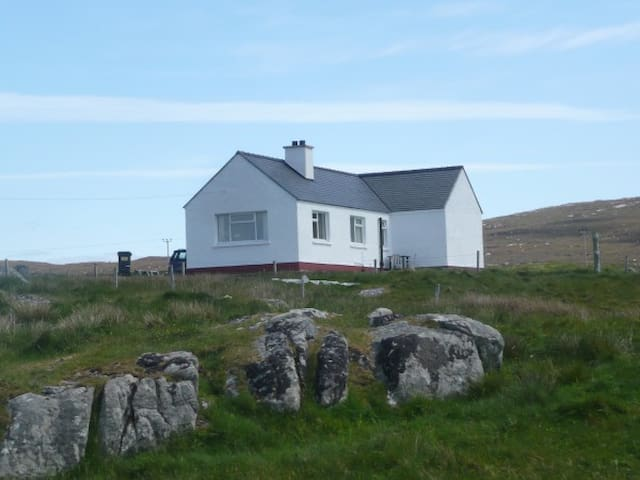 Tigh a' Bhaoghlach. (The Benbecula man's House) - Isle of South Uist - Haus