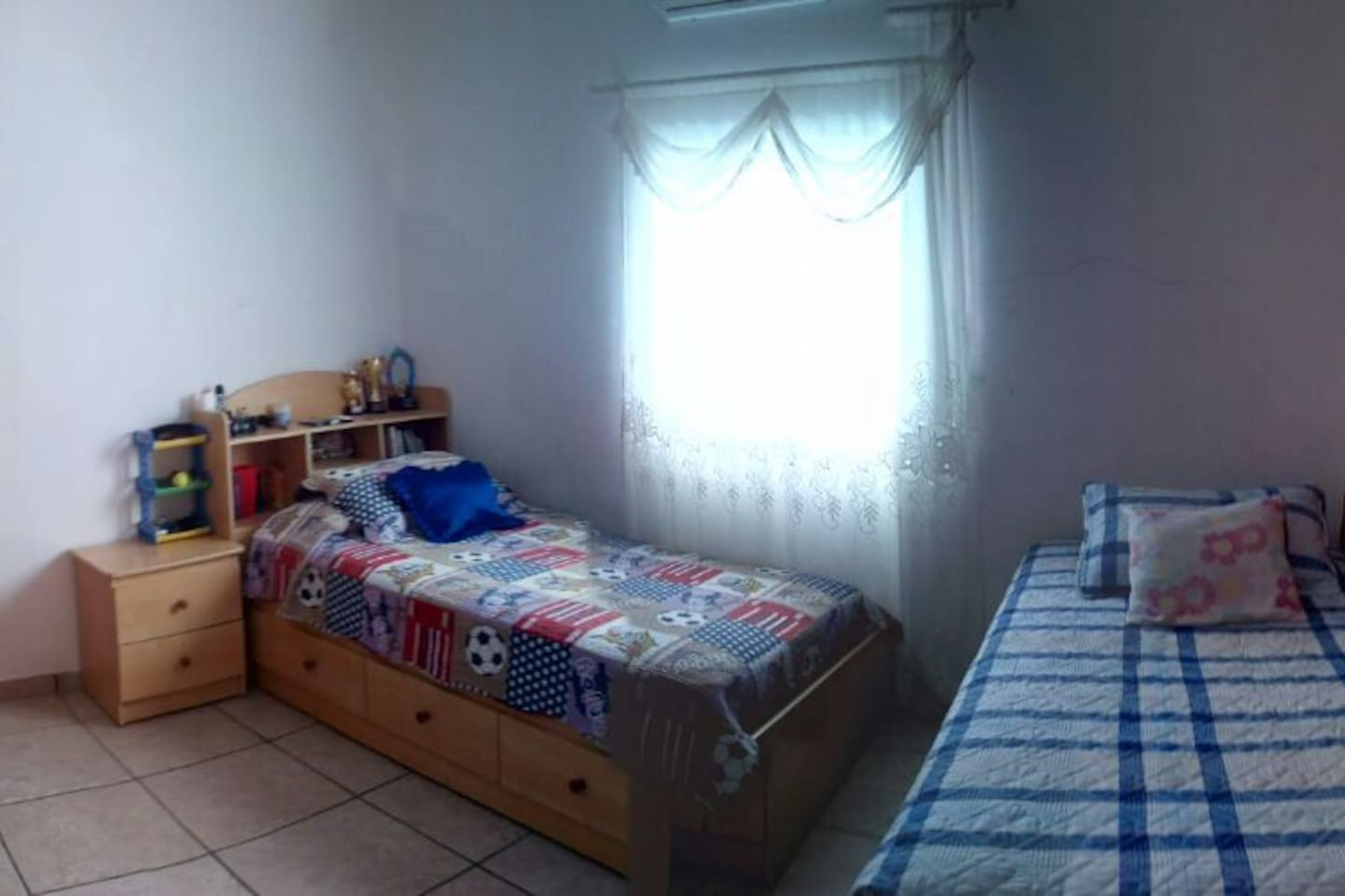 Includes a closet and air conditioner. Has two twin beds and a personal bathroom. Free WiFi and hot water.