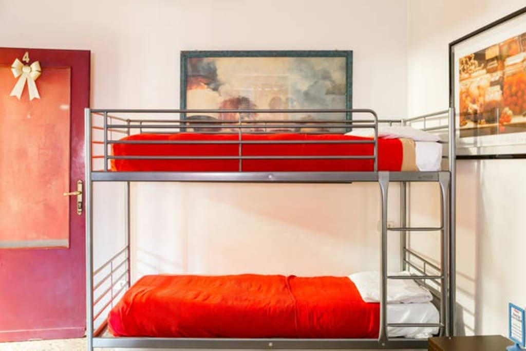 2 ouble Castel Bed !  A Very Spacious Room !! at The Great Price !!!