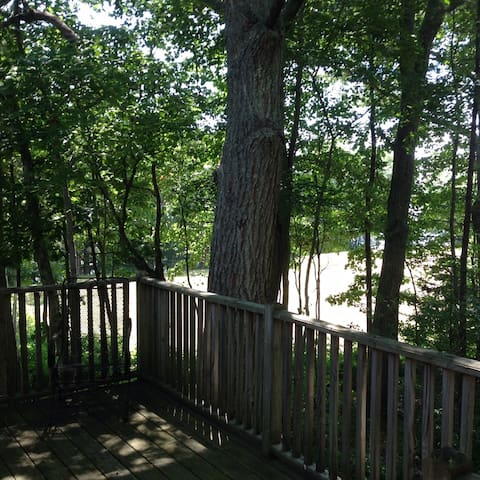 Tree Tops apartment overlooking Kennebunk River - Kennebunk - Apartment