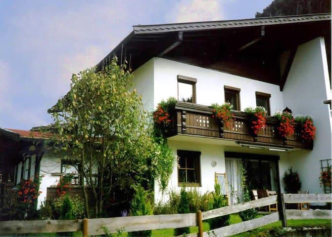 Gemütliches Reihenendhaus Walchsee Tirol - Walchsee - Casa a schiera