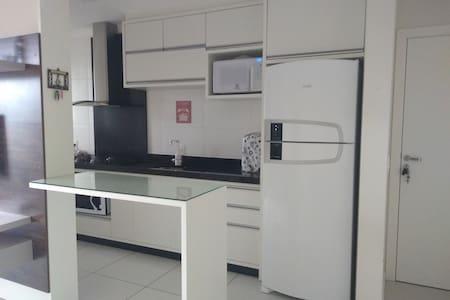Excelente apartamento aluguel em Bombinhas