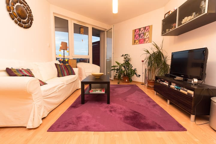 Full comfort at peaceful CityPark, close to center - Boedapest - Appartement