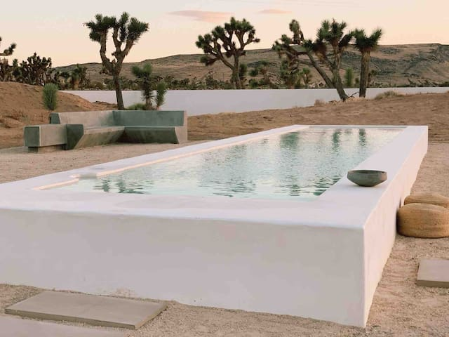 Luxury in Joshua Tree: Spa+ Private Chef option
