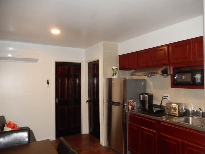 2.2 Comfortable apartment in Sunset Park