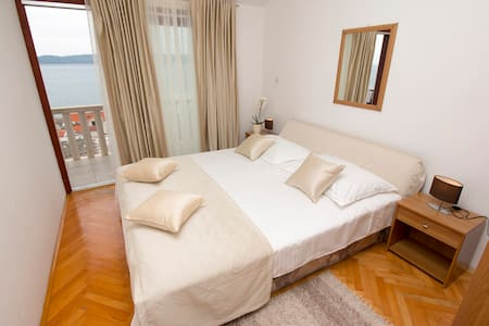 Lovely apartment for 2+1 persons-4 - Wohnung