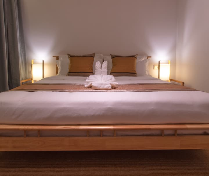 豪华大床房,(1.8*2米)