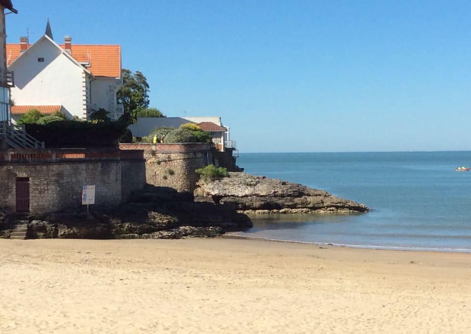 plage de St Palais à 50m / beach 50m away