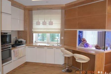 шикарные апартаменты в центре города - Zelenogradsk