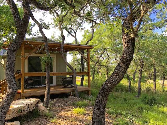 Beautiful Zen Cabin at Canyon Lake! - Canyon Lake - Hytte