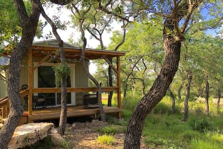 Beautiful Zen Cabin at Canyon Lake! - Canyon Lake