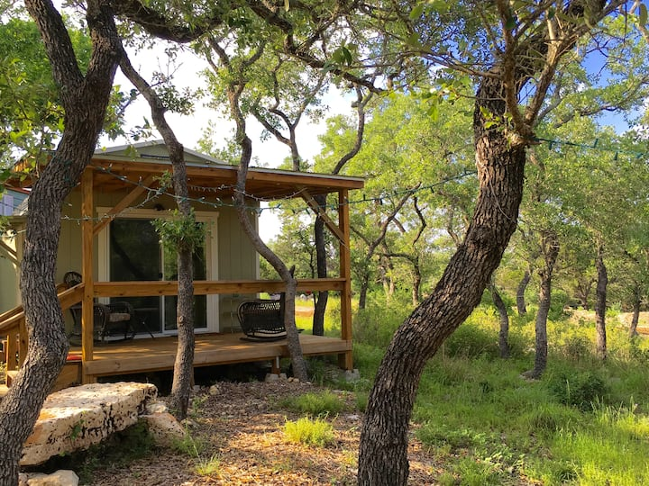 Beautiful Zen Cabin at Canyon Lake!