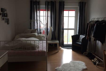 Schöne Einzimmerwohnung Seerhein - Konstanz - Lägenhet