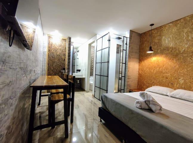 Tu Loft independiente y privado (apartamento) lleno de estilo, toques  modernos y comfort // Your entire loft, filled with charm, style and comfort