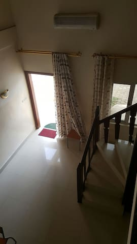 Appartement en mezzanine sur bzv - Brazzaville - Apartment