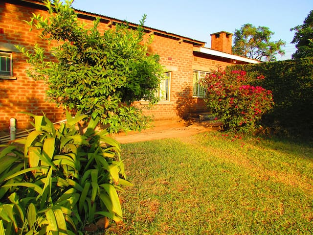 Anglican Guest House-True Awakening(Family Suite)