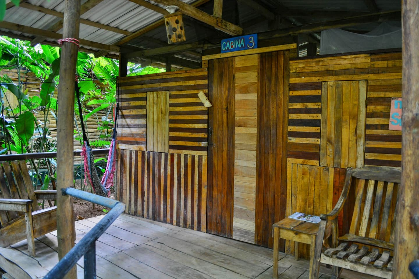 La Cabina Bar : Cabina 3 at the flutterby house hostel hostels for rent in uvita
