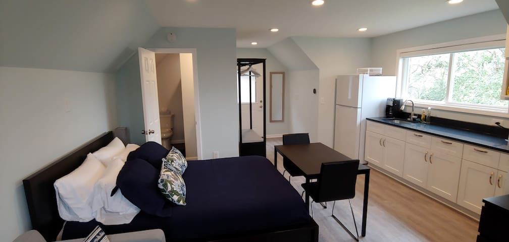 Modern Carriage House Morningside/Piedmont/Midtown