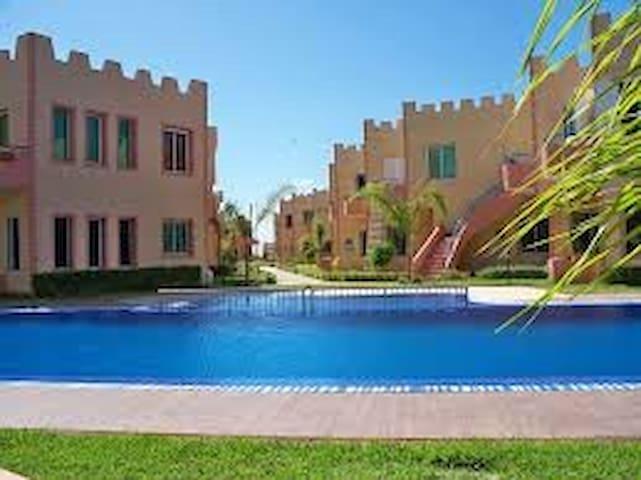 Appartement avec vue sur piscine(riad sidi bouzid)