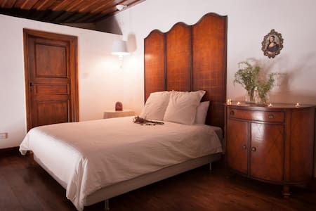 Palati - Lofou - Bed & Breakfast