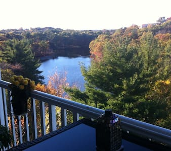 Large Modern Water View Loft Condo! - Lynnfield