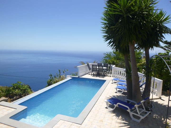 Blue Sea Cottage Villa,  Private Pool and Sea view