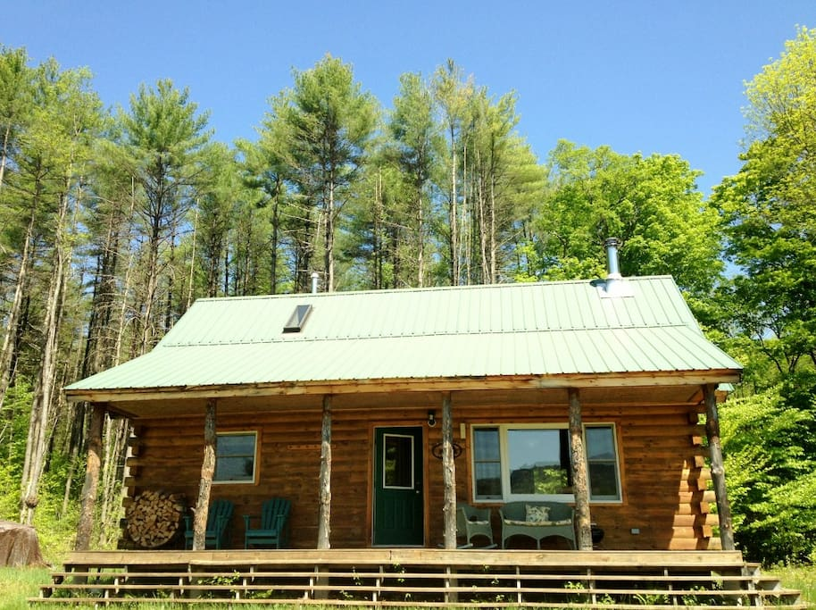 "Prior guest: ""Gorgeous cabin on peaceful property"""