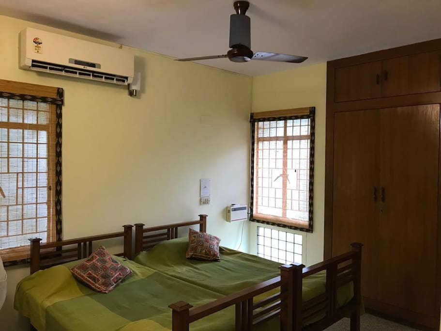 Cozy r a puram chennai apartment apartments for rent in chennai tamil nadu india for 3 bedroom apartments in chennai