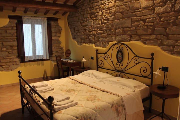 Casa Vacanza Auro - Borgo Pace - House